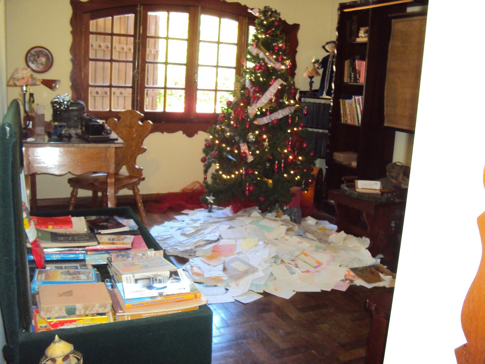 Sala onde ficam as cartinhas enviadas ao Papai Noele