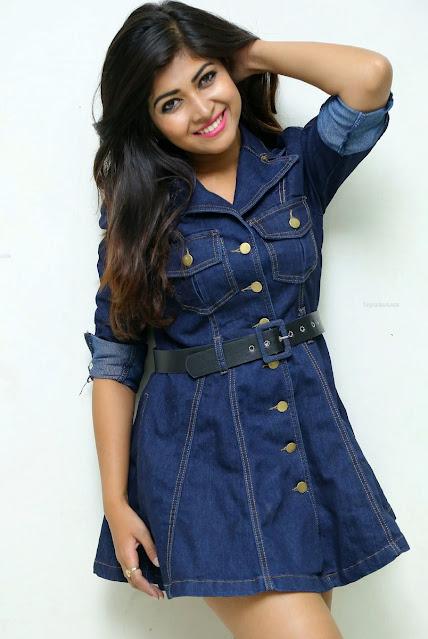 Bollywood Model Sheetal Menon Latest Hot Photoshoot Pics Navel Queens