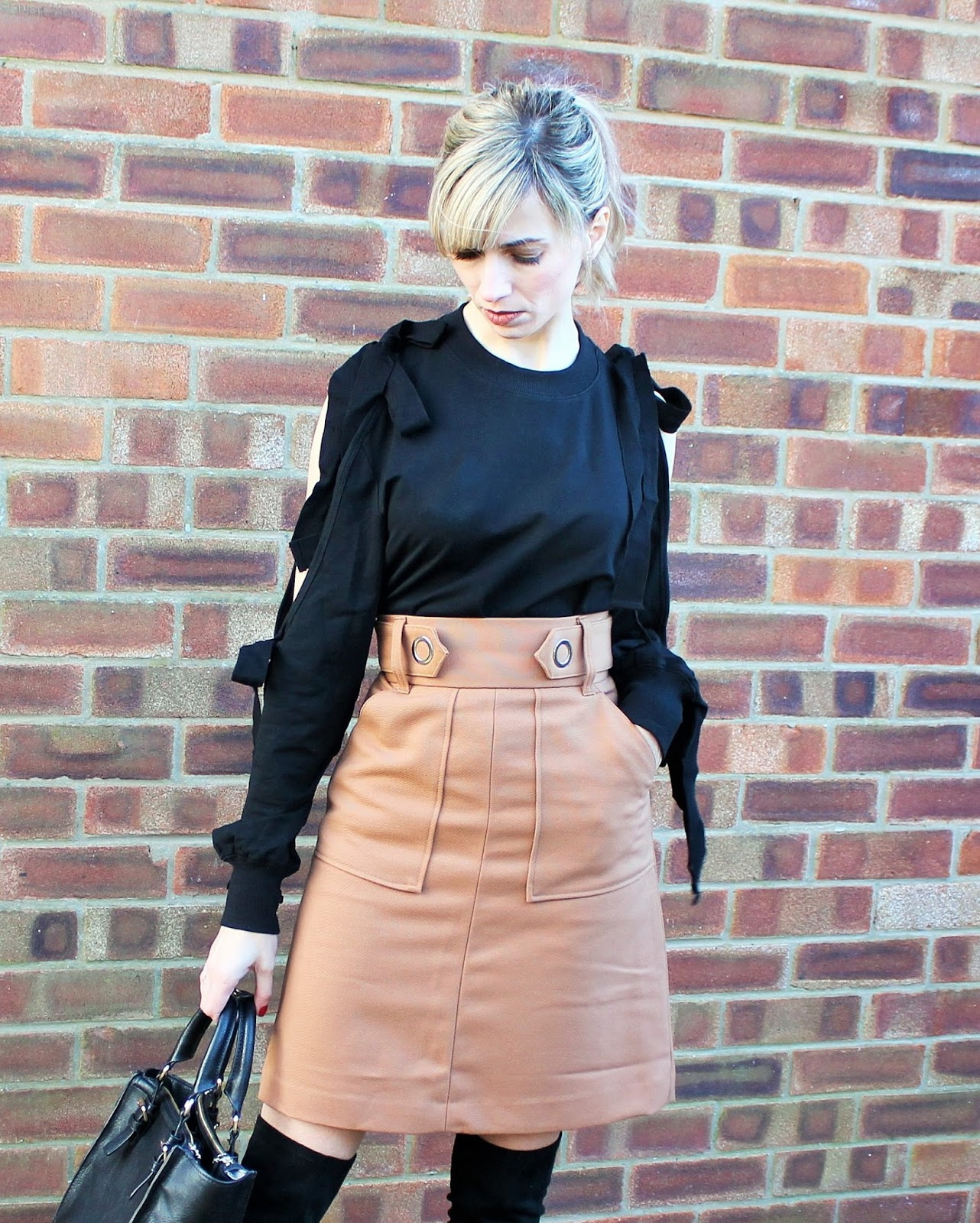 OOTD feautring Shein top, H&M skirt and Zara OTK boots 1
