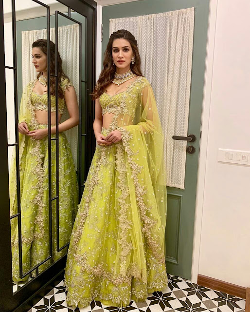 Kriti Sanon Traditional Indian Party Dress 2020