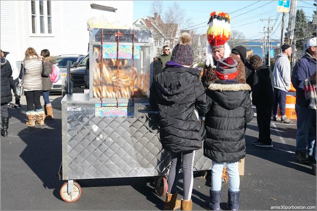 Puestos de Comida en el Desfile de Acción de Gracias en Plymouth