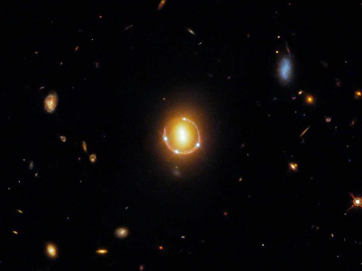 Visão quíntupla: quando as aparências enganam até o Hubble