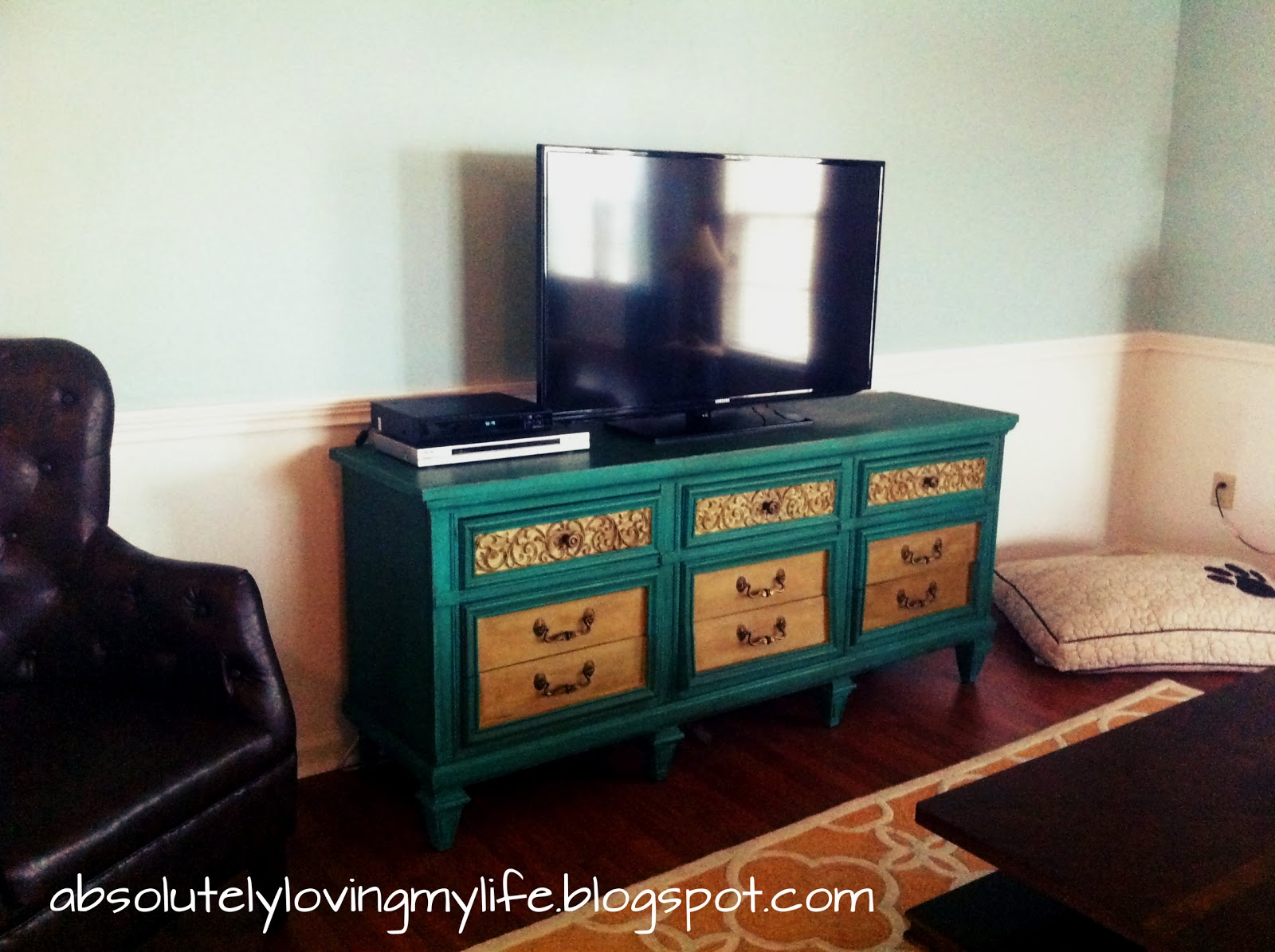 Annie Sloan Chalk Paint Furniture Redo From Dresser To Tv Stand
