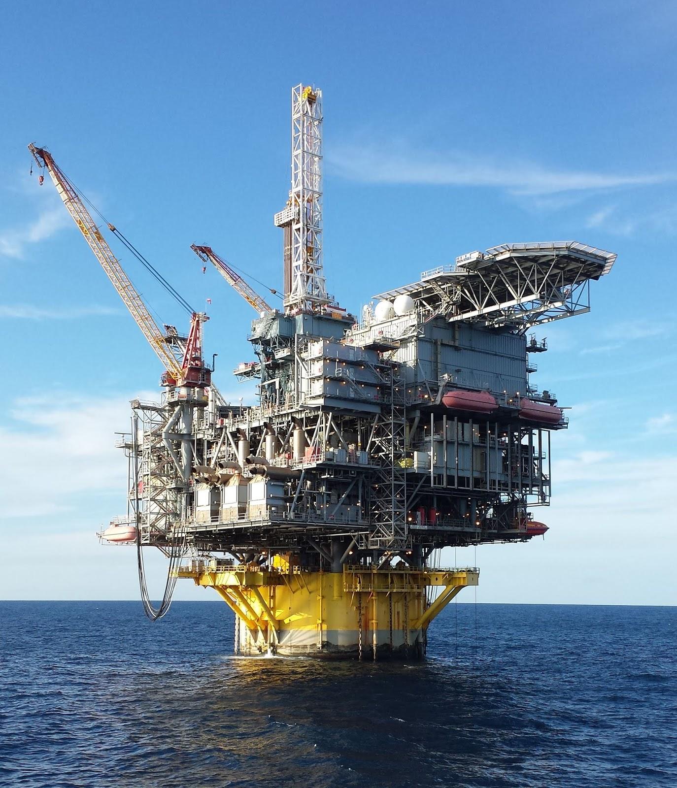 Perdido Oil Platform - Engineering Channel