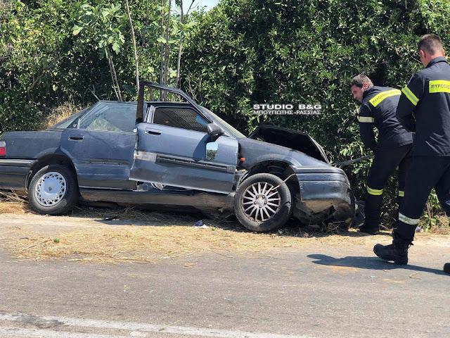 Σοβαρό τροχαίο έξω από το Άργος - Εγκλωβισμός τραυματία
