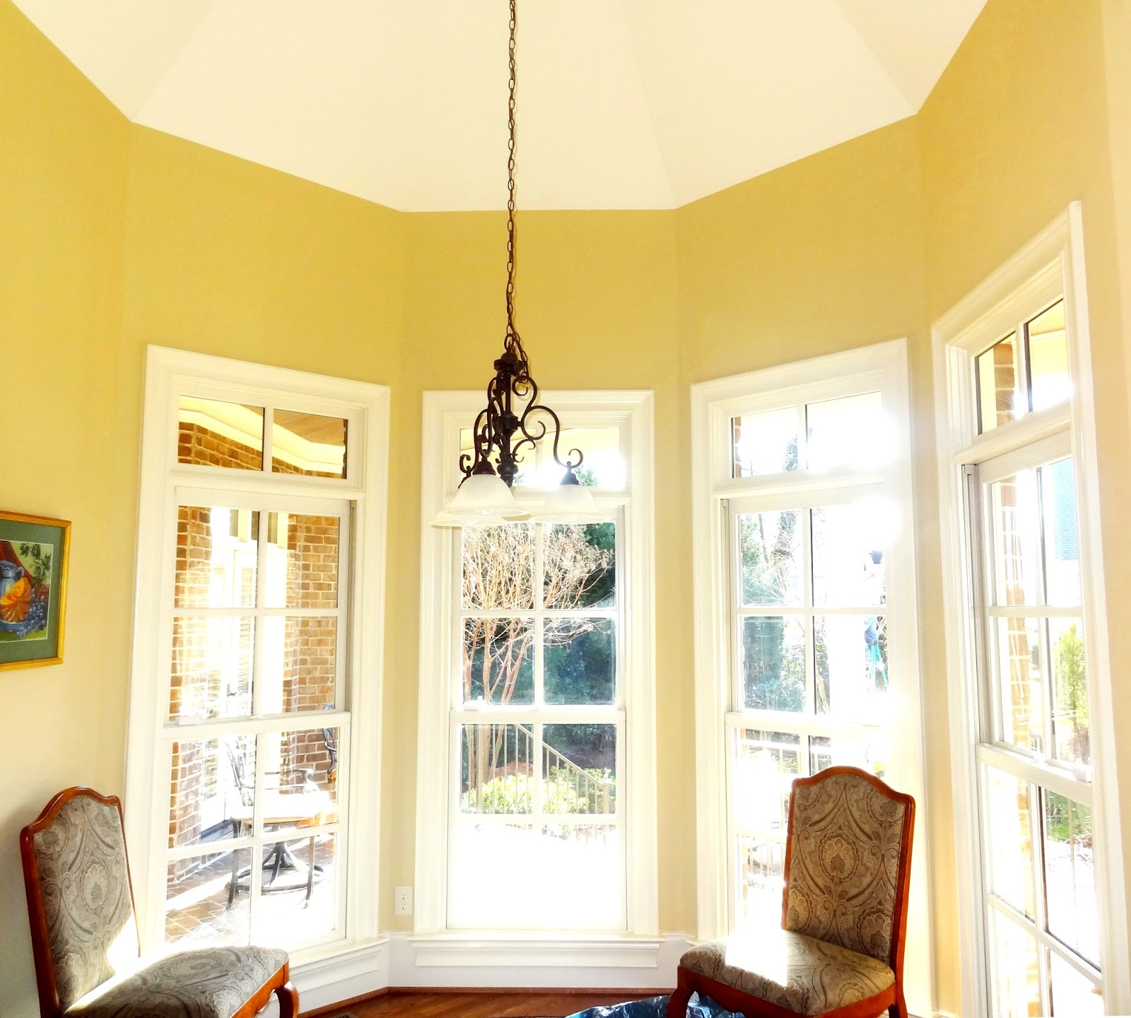 Bay Window Valances: Best Window Treatments For Bay Windows & How To Find
