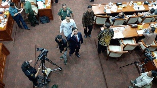 Takut Disorot Asing, Alasan Prabowo Ogah Beberkan Anggaran Kemhan ke DPR
