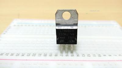 Gambar-IC-7805