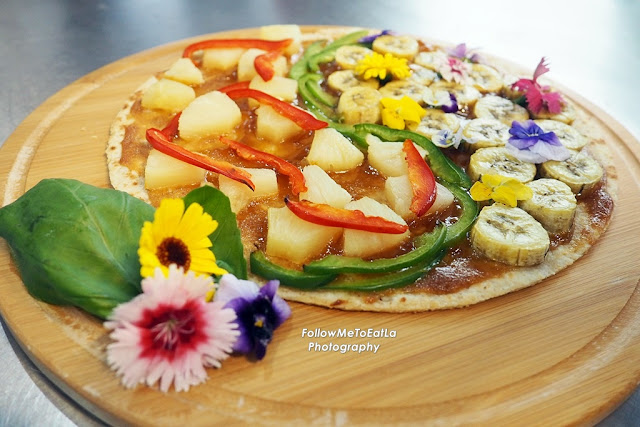 The Bloggers Team's Prettiest & Tasty Mission Pizza Creation