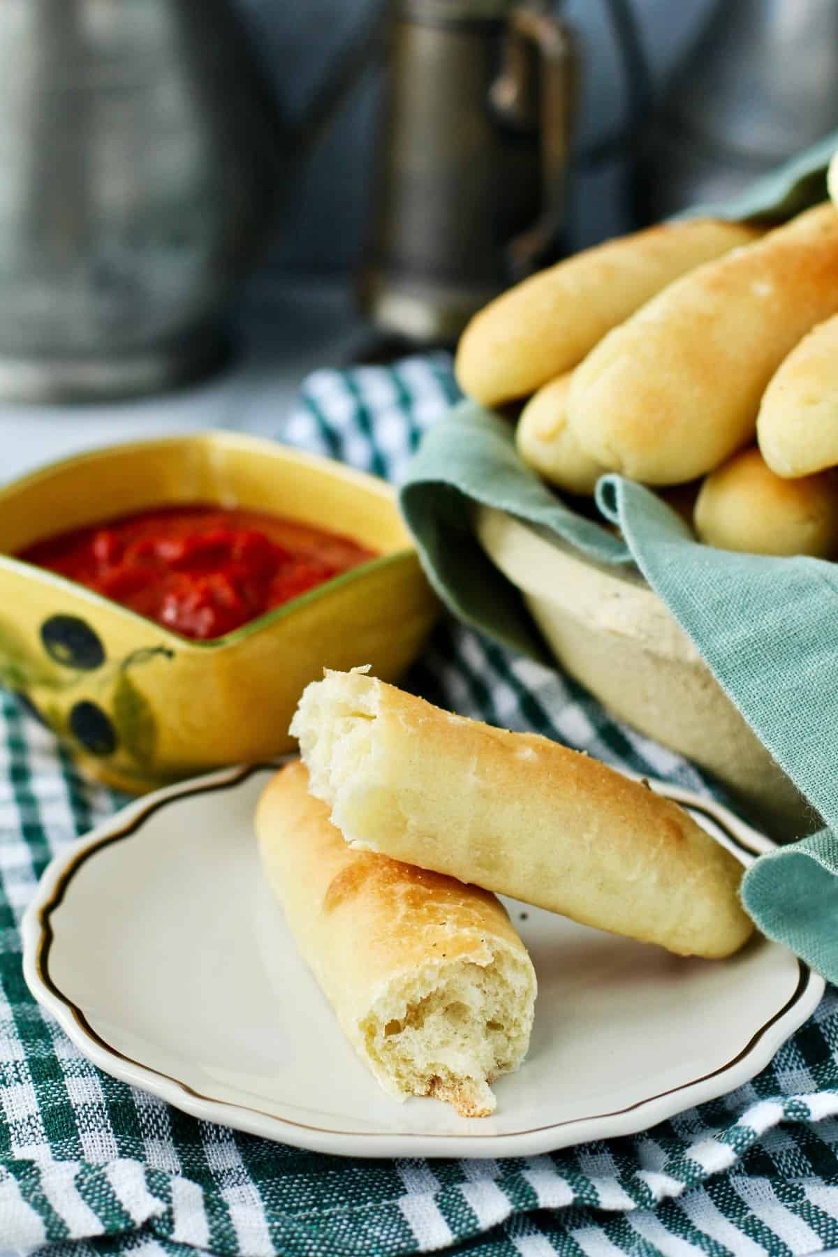 Olive Garden breadsticks side dish