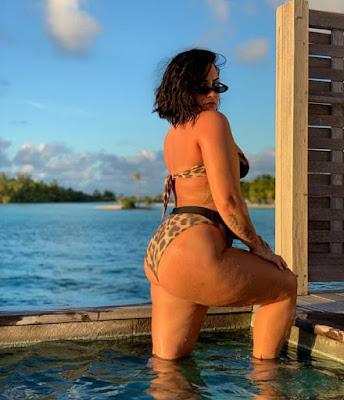 Demi Lovato: Uma foto minha de biquíni sem edição e adivinhe