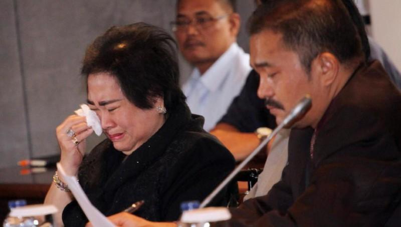Rachmawati Soekarnoputri menangis saat mengadu ke Fadli Zon
