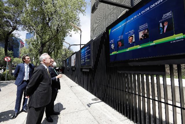 Sincronía entre México y OCDE, fortalecerá combate a corrupción y desigualdad, afirma Vasconcelos