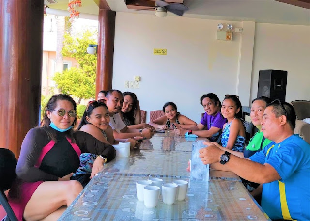 At Sagastrand Beach Resort. Late lunch. May 2021