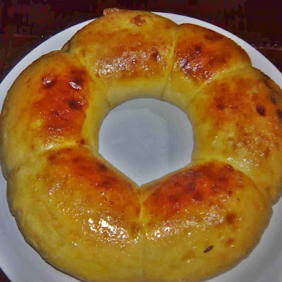 Soft and tasty sweet bread recipe and guide to make it