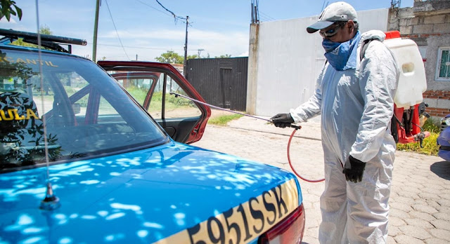 Inspecciona SMT sanitización de 100 taxis en San Pedro Cholula