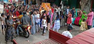 शीतला माता मंदिर की प्रतिमा की नौ वर्ष पूर्ण होने पर निकाली शोभायात्रा
