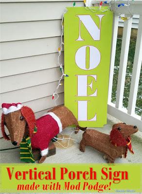 http://www.condoblues.com/2018/12/DIY-outdoor-mod-podge-vertical-christmas-porch-sign.html