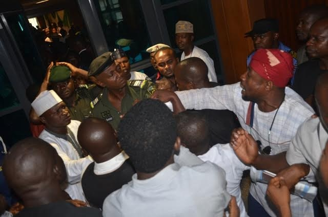 PHOTOS: Students stage protest at National Assembly over recognition