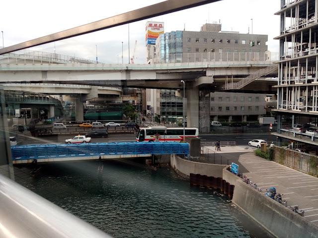 横浜 川 立体橋 高速道路 サイバーパンク 構造体