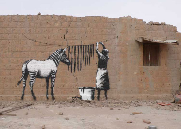 banksy-graffiti-street-art-washing