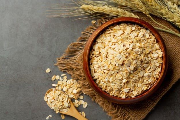 Benefits of oats .. Cheap royal food