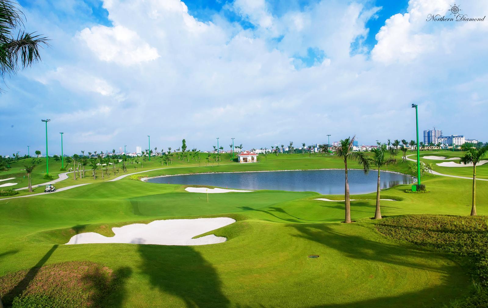 Sân Golf cao cấp gần ngay dự án Northern Diamond