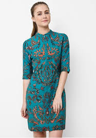 Model Baju Pesta Wanita Modern Terbaru