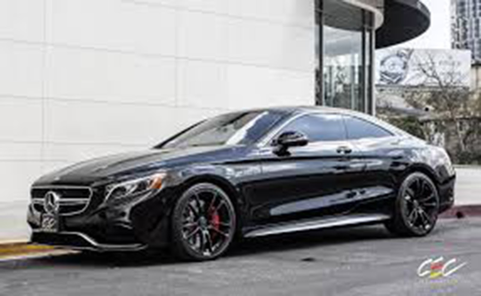 ... On This List Is Maybach 62 Which Has A 6 Liter V12 Engine And 5 Speed  Automatic Transmission System. The Superb Features Of This Car Make It  Truly World ...
