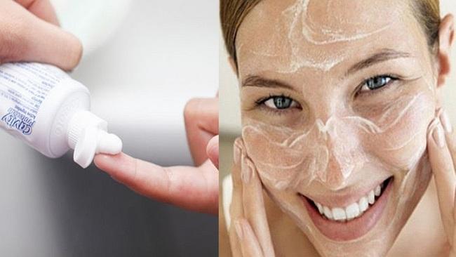 Tận dụng lượng silica cũng như baking soda trong kem đánh răng để dưỡng da