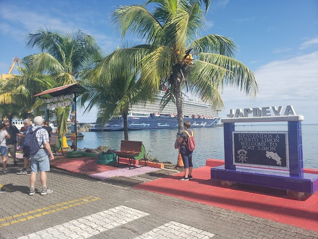 ICT y empresarios se unen para promover Limón como destino turístico
