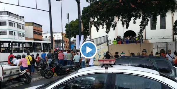 Colectivos Armados mantienen a 300 rehenes dentro de Iglesia El Carmen de Catia