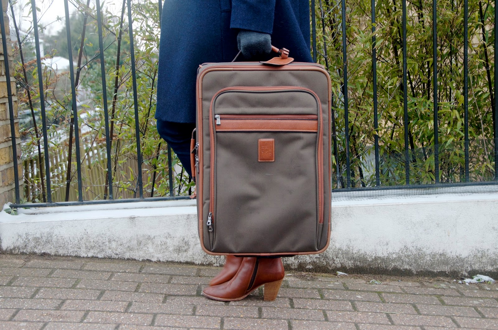 Longchamp suitcase in khaki