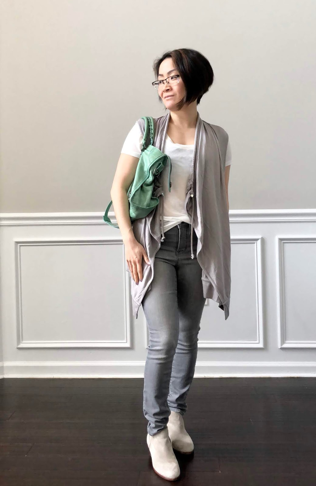 f05c2cd372699e I have a pretty long Athleta review but I will be breaking them up in two  parts. Today I'm going over the Mindset Vest and Sculptek Skinny Denim ...