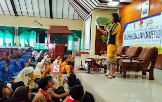 Peringati HPI, Pegiat Sastra Dan Literasi Bojonegoro Adakan Sarasehan Serta Parade Puisi
