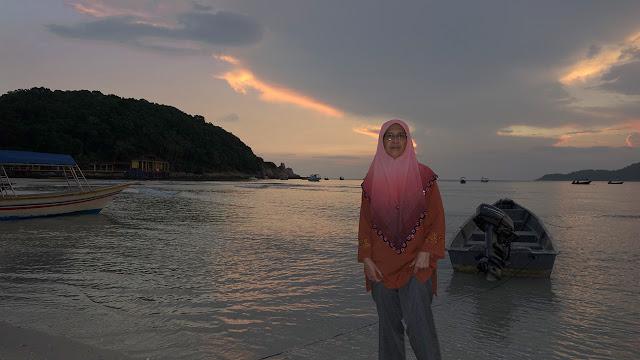 Sun Rice at Long-Beach Pulau Perhentian Kecil, Terengganu, Malaysia