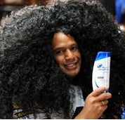 Asuransi rambut kribo sekaligus bintang iklan shampo