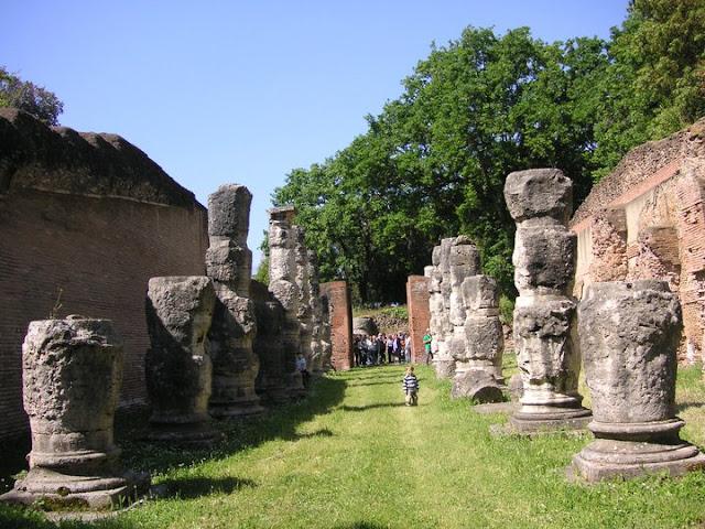 OmoGirando la Necropoli di Isola Sacra e Portus