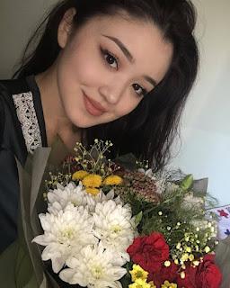 wanita asal kazakhstan