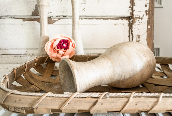 wood vase in tobacco basket