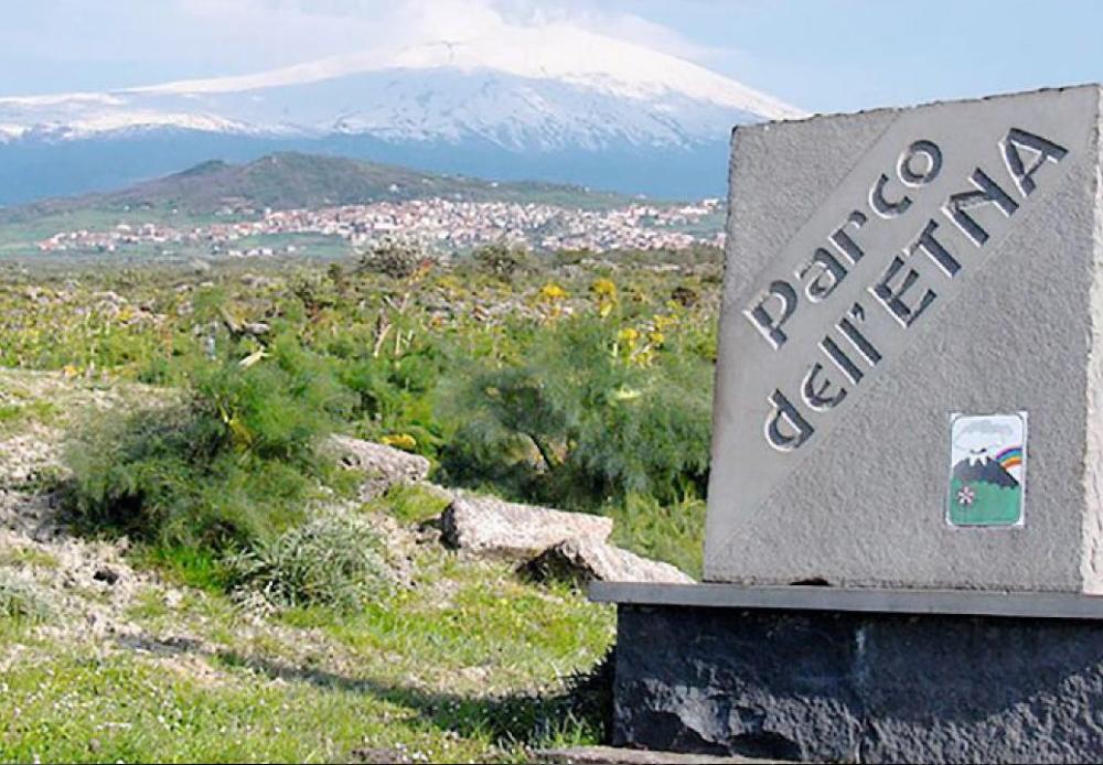 Ingegneri puliscono l'Etna