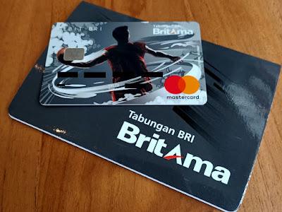 Kartu ATM dan Buku Tabungan Britama X atau Britama Muda
