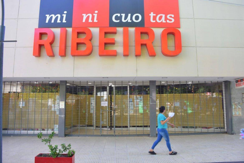 Otra cadena de electrodomésticos en crisis se suma a las empresas debilitadas por la economía argentina