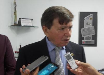 """João Henrique confirma saída do DEM: """"Espero a janela partidária"""" (JÁ VAI TARDE)"""