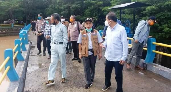 Gubernur Sulsel Tinjau Lokasi Bencana Banjir di Bantaeng