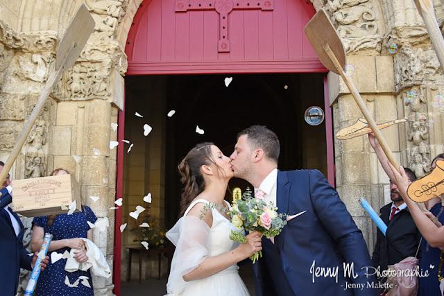 photo sortie d'église mariage église de maillezais