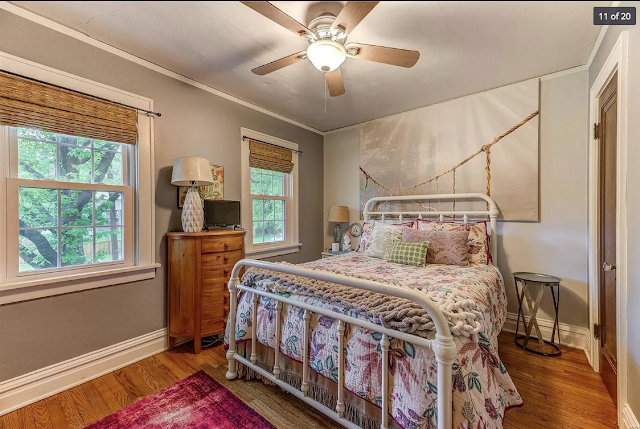 front bedroom in 654 Oakland Ave, Webster Groves, Missouri • Plan B of the Sears Stanford model