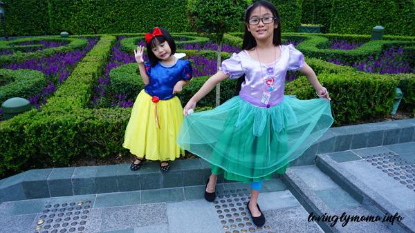 royal gardens - Hong Kong Disneyland
