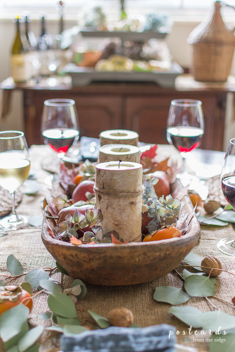 simple, natural, rustic Thanksgiving centerpiece