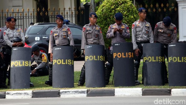 9 Ribu Personel TNI-Polri Amankan Demo Mahasiswa di Istana Besok